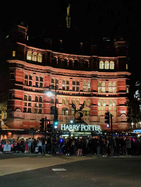 3rd Day_Harry Potter and the Cursed Child_Outside_After_Phone Photo