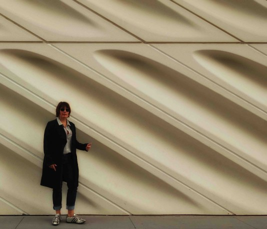 The Broad Mikki Outside