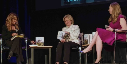 Maria Shriver, Hillary Rodham Clinton and Chelsea Clinton in Conversation